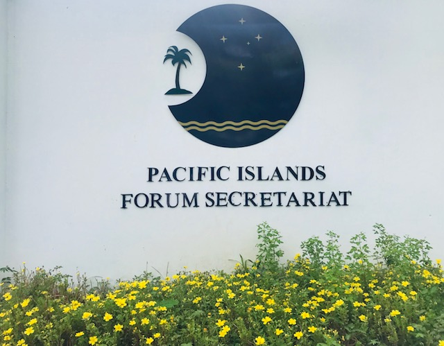 Forum Secretariat Sign